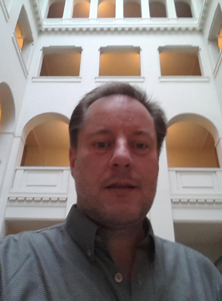 Im foyer des bürogebäudes in berlin schöneweide münzenberg